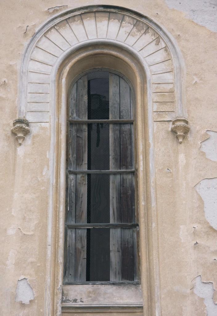 okno 3 - sz schodisko bočná fasáda
